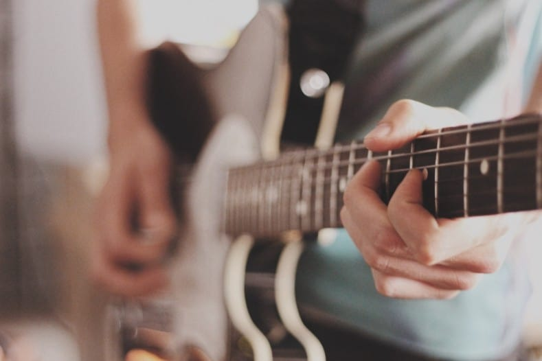 can you learn electric guitar before acoustic - playing electric guitar