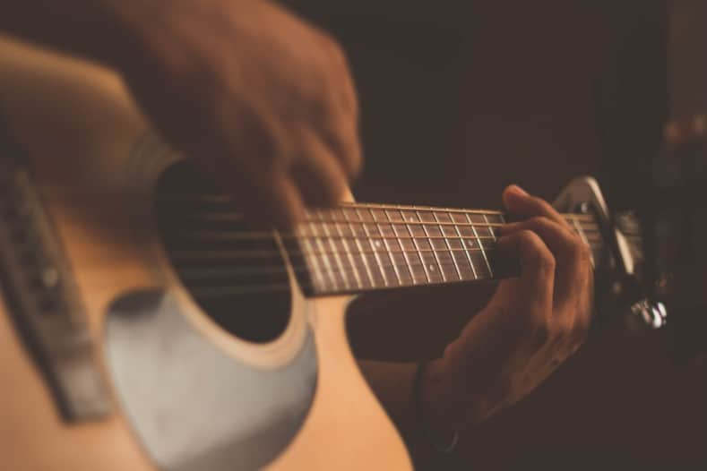 how long does it take to learn guitar - playing guitar
