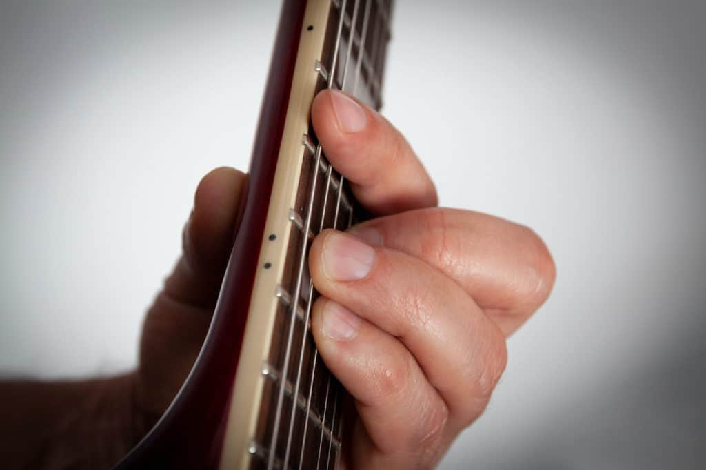 how to play bar chords-3