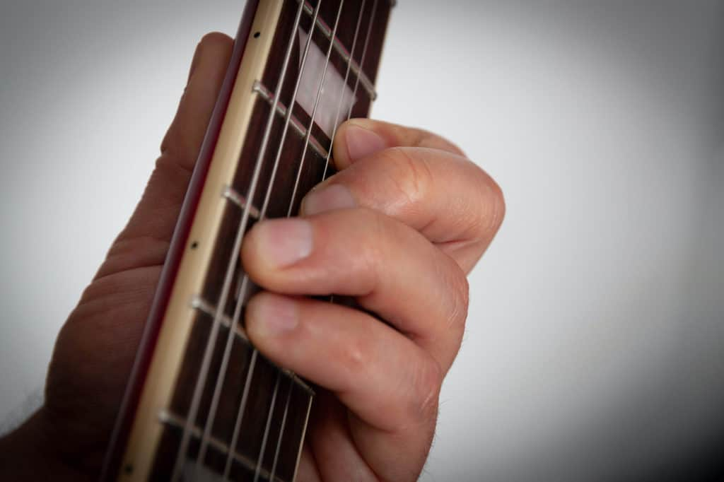 how to play bar chords-4