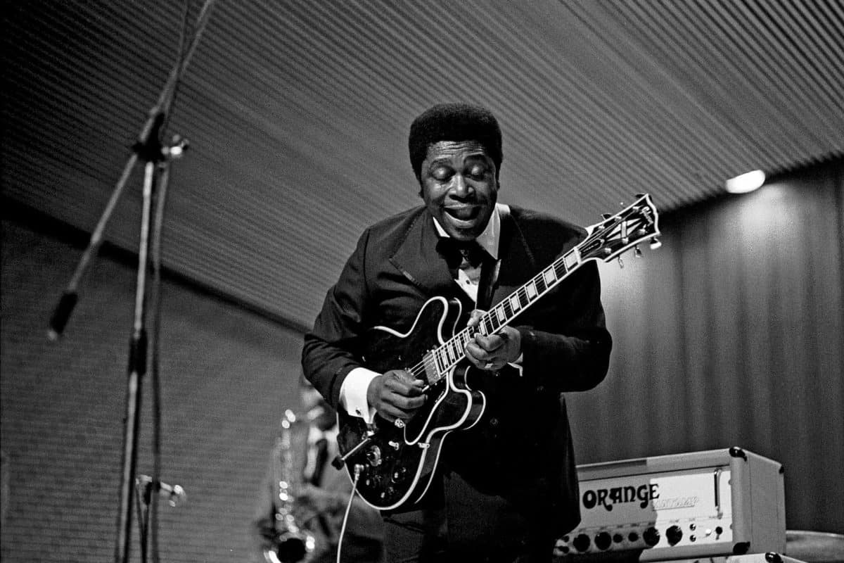 what kind of guitar did bb king play
