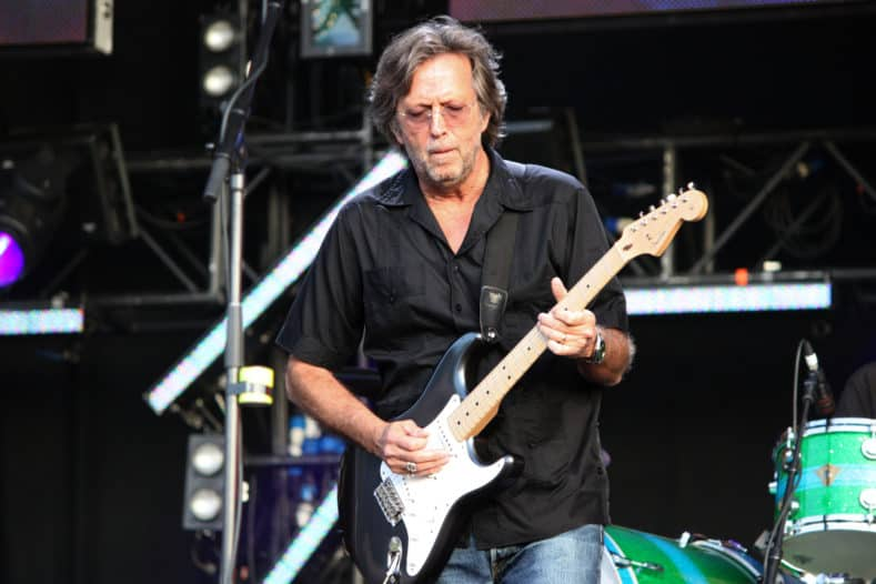 what kind of guitar does eric clapton play
